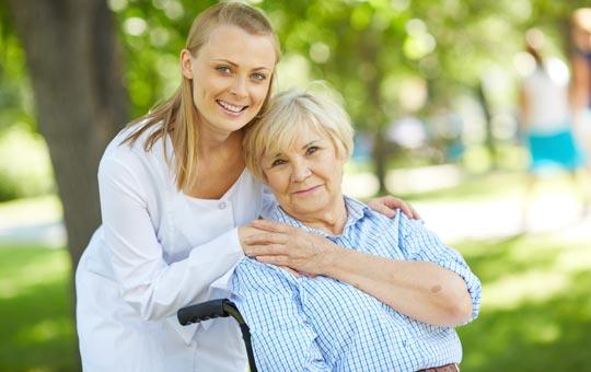 ماساژ درمانی در سالمندان